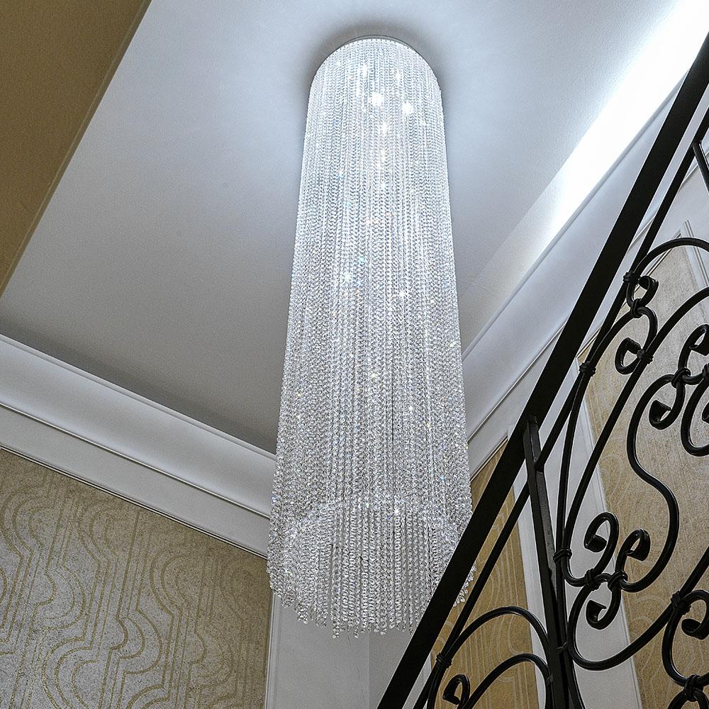 Lépcsőházi kristály csillár
